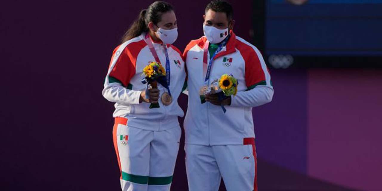 Conoce a Alejandra Valencia y Luis Álvarez, primeros medallistas mexicanos   El Imparcial de Oaxaca