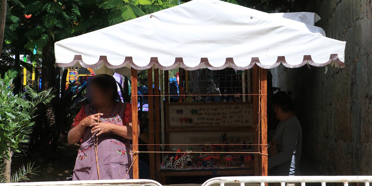 Artesanas triquis exigen diálogo; tianguis cultural rechaza operativo | El Imparcial de Oaxaca