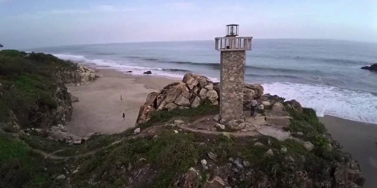 Fallece menor al ser arrastrado por el océano | El Imparcial de Oaxaca