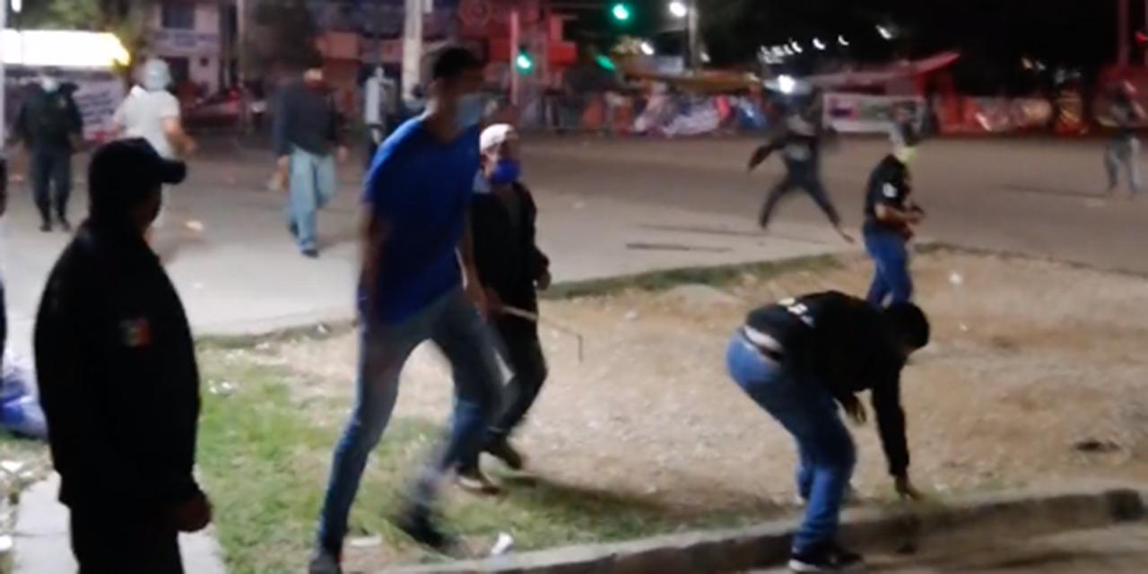 Video: Enfrentamiento en Hacienda Blanca deja varios heridos   El Imparcial de Oaxaca