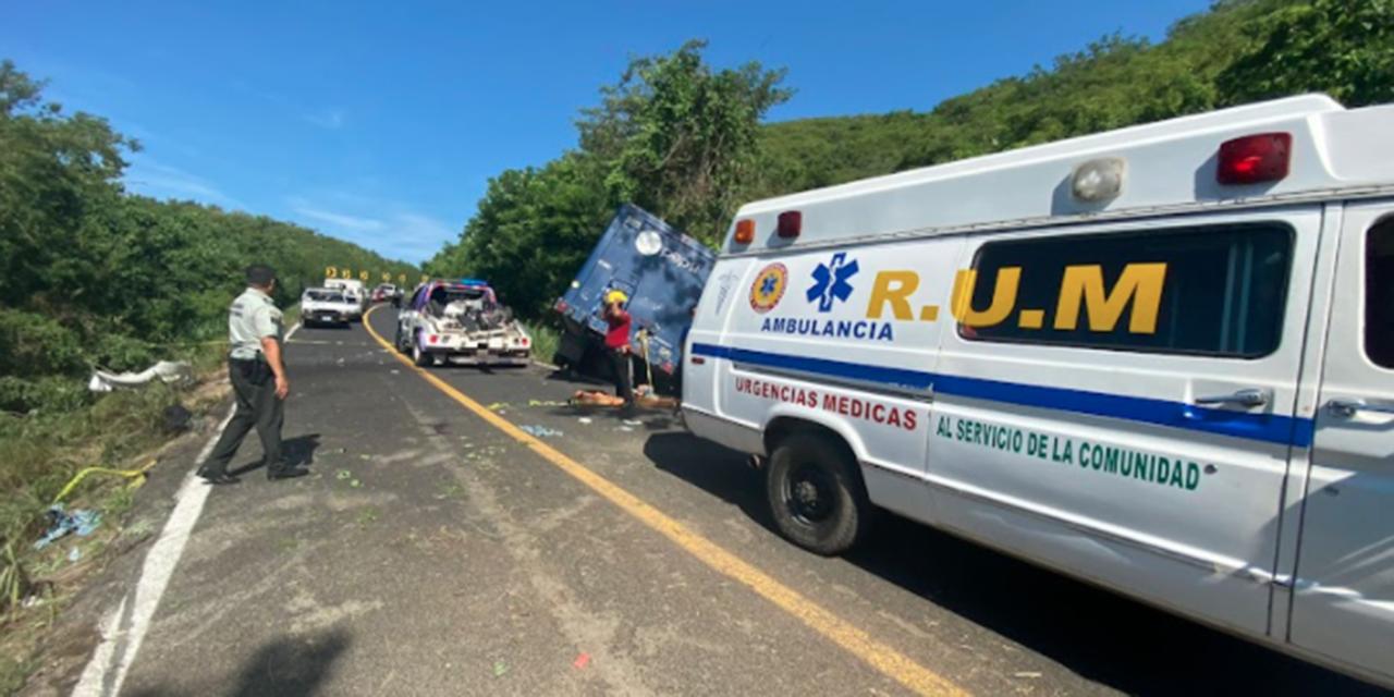 Colisionan camiones de carga pesada en Tututepec   El Imparcial de Oaxaca