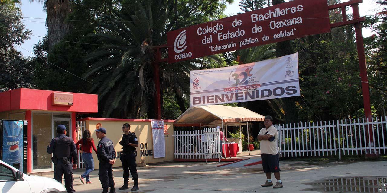 Denuncian cobros de 25 mil pesos en el COBAO   El Imparcial de Oaxaca