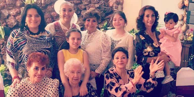 Doña Josefina celebra 99 años | El Imparcial de Oaxaca