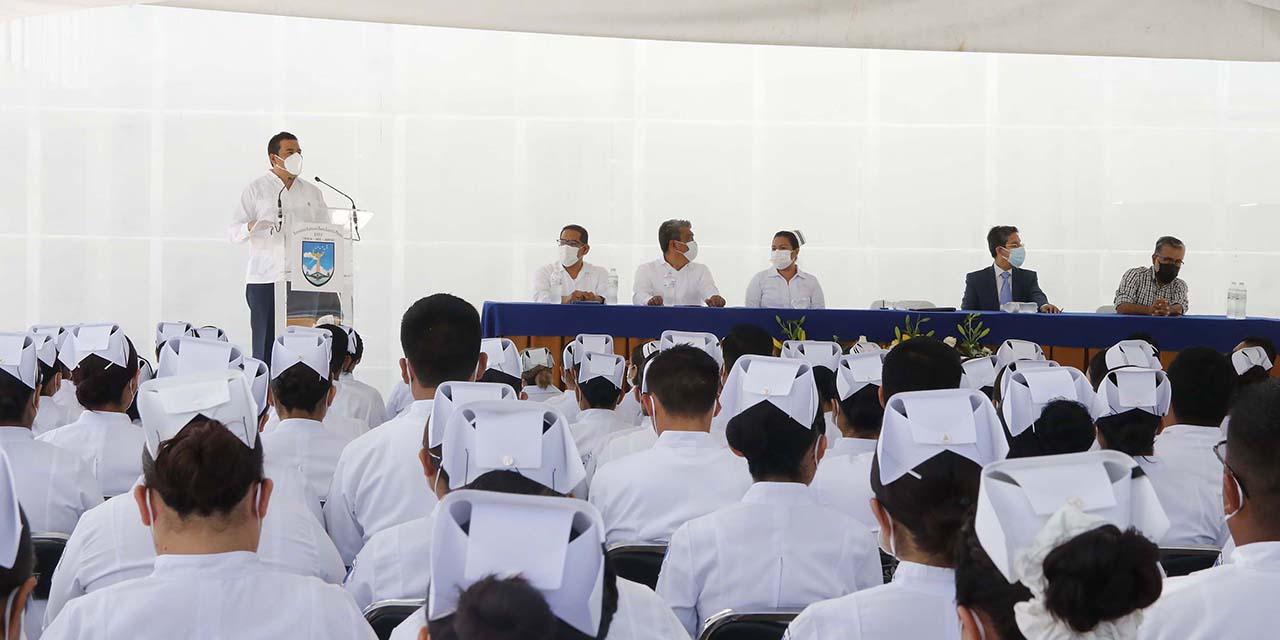 Egresa una generación más de la Facultad  de Enfermería y Obstetricia de la UABJO   El Imparcial de Oaxaca
