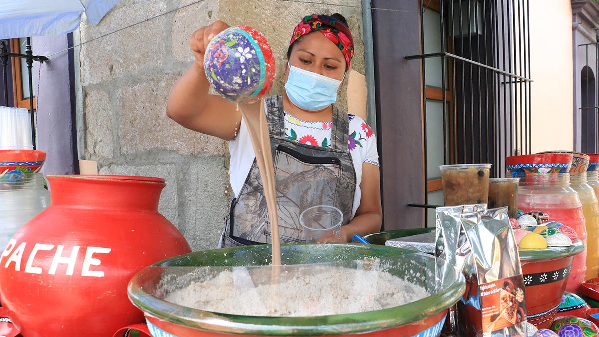 Tradiciones oaxaqueñas cobran sabor en bebidas   El Imparcial de Oaxaca