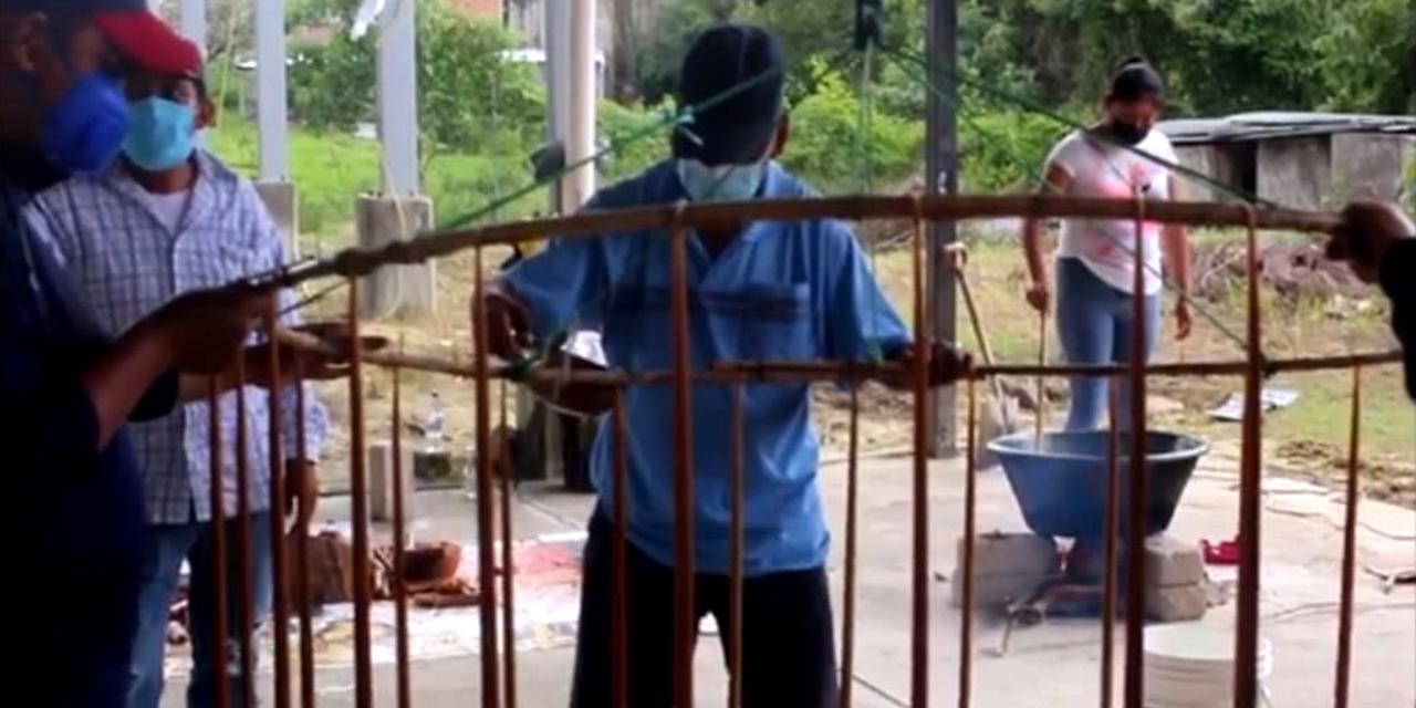 Labranza de cirios, ofrenda que fortalece comunalidad en la Mixteca   El Imparcial de Oaxaca