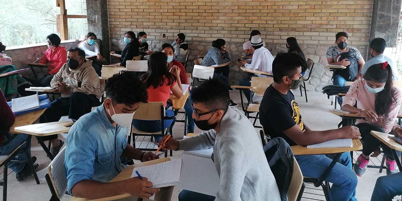 Piden conocer la inversión de la Universidad para el Bienestar en Cuicatlán   El Imparcial de Oaxaca