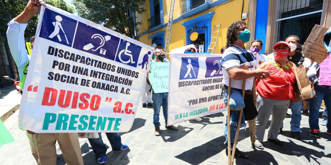 Comerciantes de Oaxaca realizan marcha de Santo Domingo al Zócalo | El Imparcial de Oaxaca