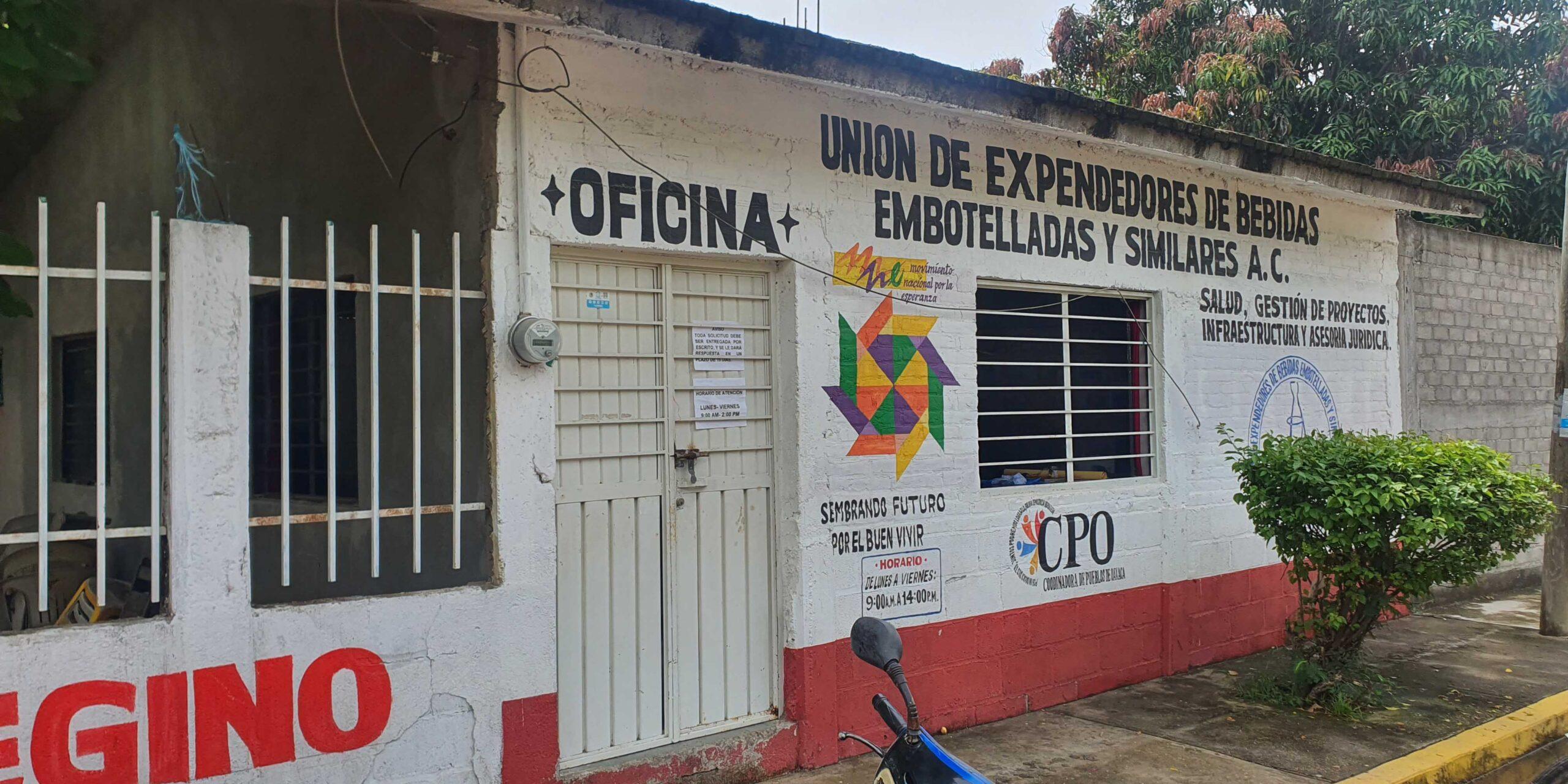 Entra a robar y olvida sus chanclas   El Imparcial de Oaxaca