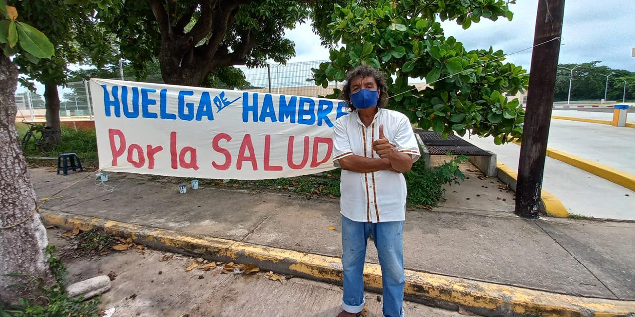 Artista juchiteco se declara en huelga de hambre por la Salud   El Imparcial de Oaxaca