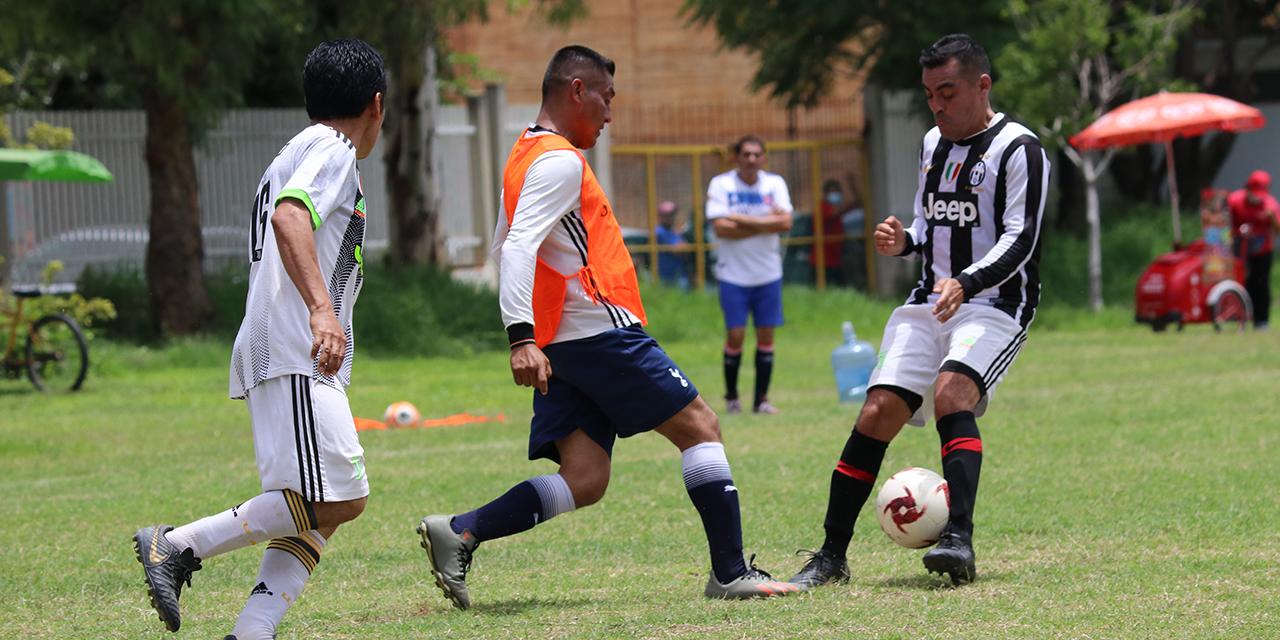 Llevan cuatro semanas de futbol en la Liga Premier | El Imparcial de Oaxaca