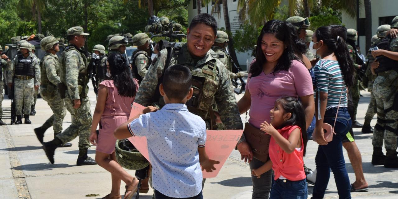 Dan bienvenida a tropas del 47 Batallón en Pinotepa   El Imparcial de Oaxaca