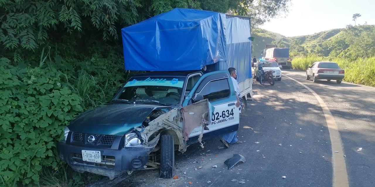 Choca camioneta contra un tráiler en carretera de Santiago Jamiltepec   El Imparcial de Oaxaca