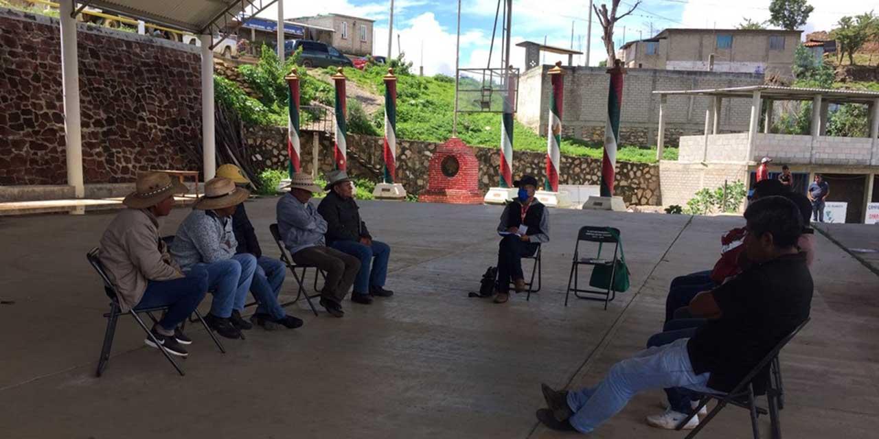 Logran liberar palacio municipal de Yucuná | El Imparcial de Oaxaca