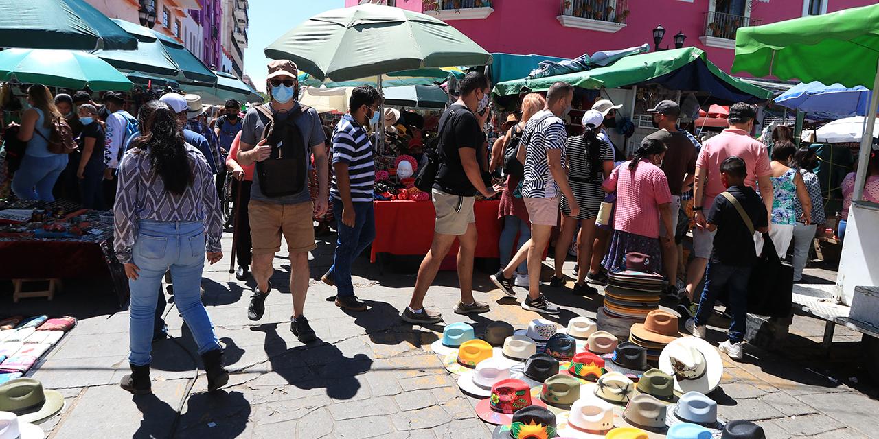 Ayuntamiento de Oaxaca a la deriva por adeudos y ambulantaje   El Imparcial de Oaxaca