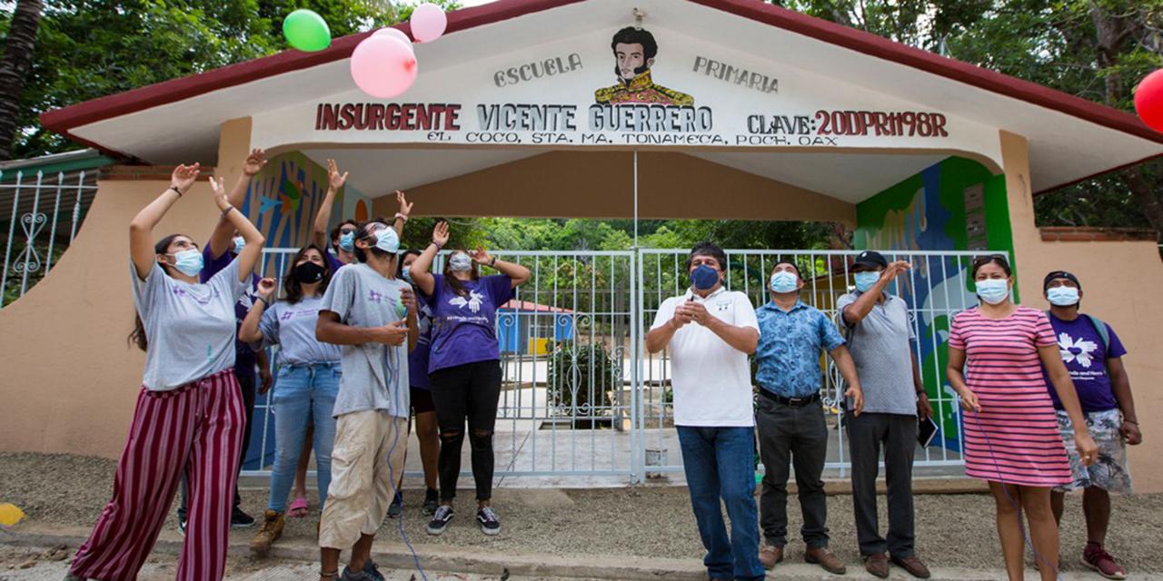 All Hands and Hearts entrega dos escuelas reconstruidas en Tonameca   El Imparcial de Oaxaca