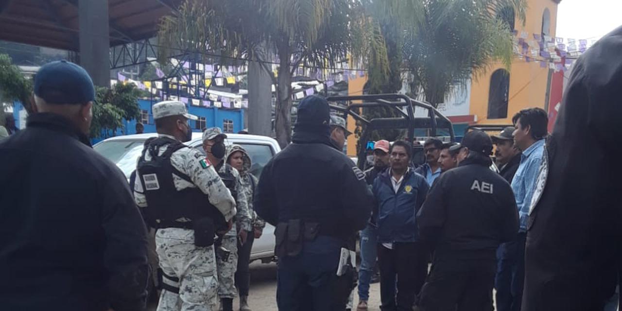 Retienen a fuerzas del orden público en Santiago Textitlán   El Imparcial de Oaxaca