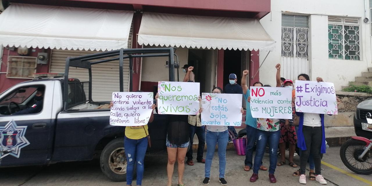 Protestan en audiencia de presunto violador   El Imparcial de Oaxaca