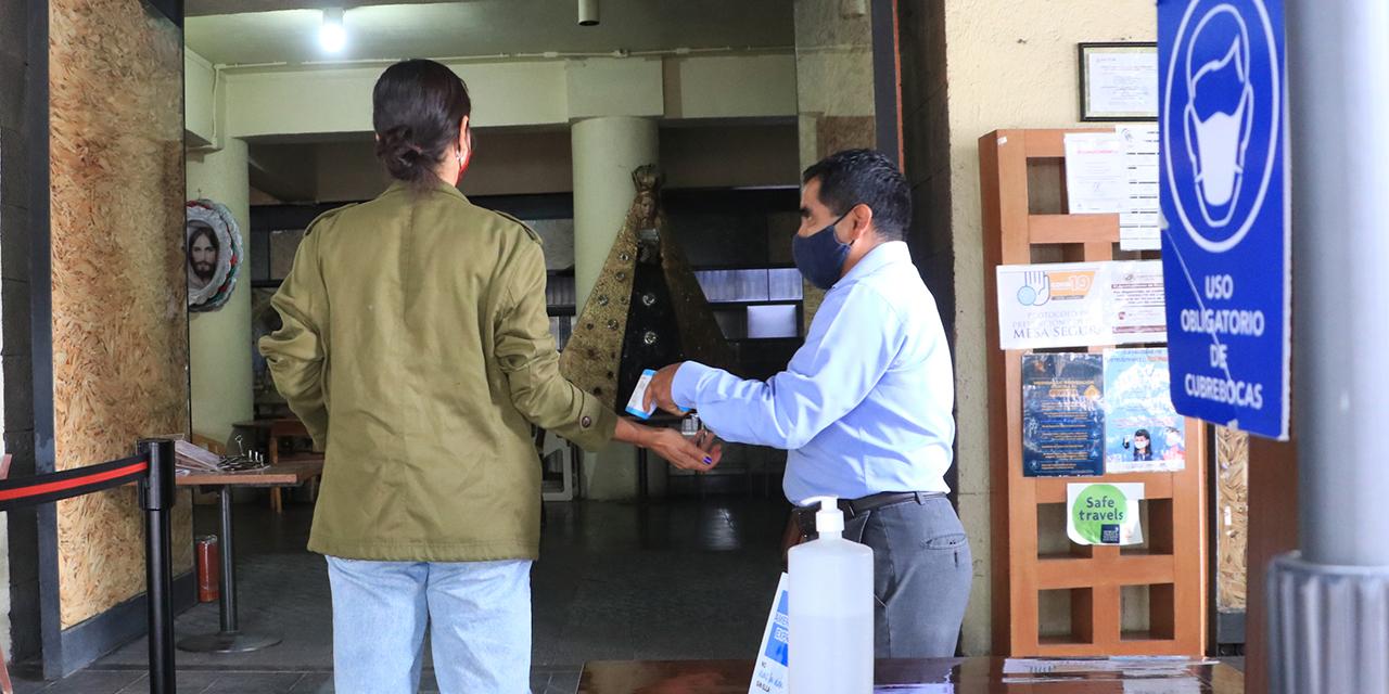 Sana distancia, imposible de cumplir en el Centro Histórico de Oaxaca   El Imparcial de Oaxaca