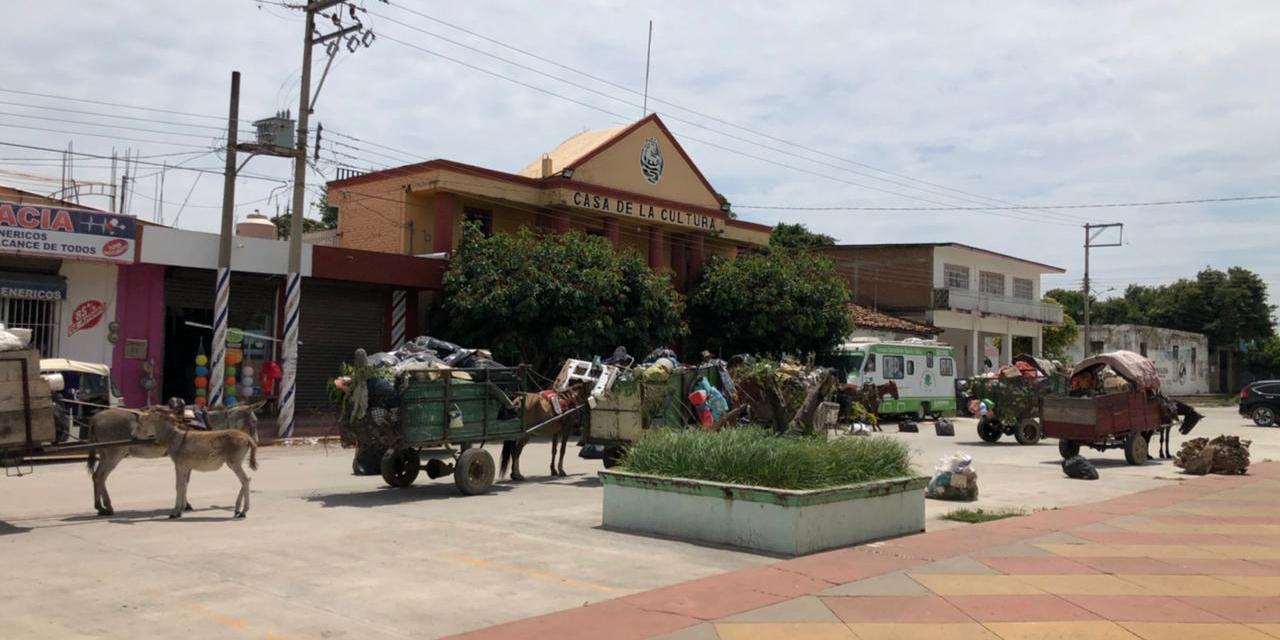 Se manifiestan recolectores de basura en Unión Hidalgo | El Imparcial de Oaxaca