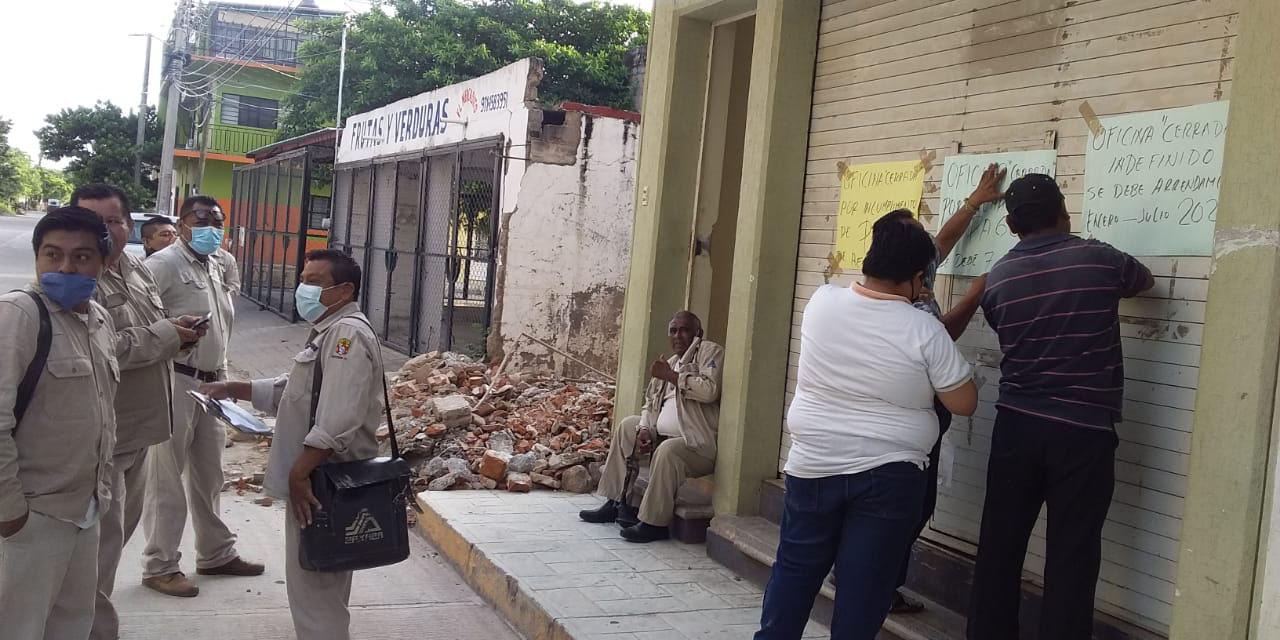Cierran oficinas de vectores en Juchitán; exigen pago de arrendamiento   El Imparcial de Oaxaca