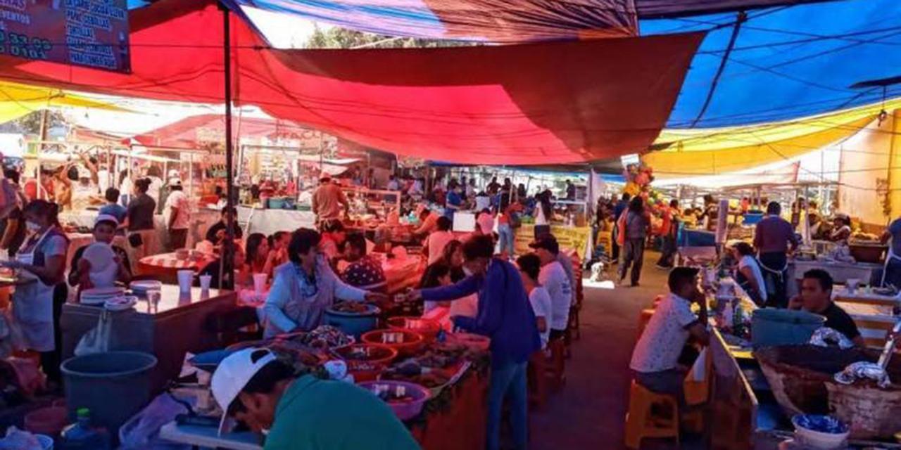 Pese al semáforo rojo, comerciantes de Salina Cruz informaron que realizarán la vendimia   El Imparcial de Oaxaca