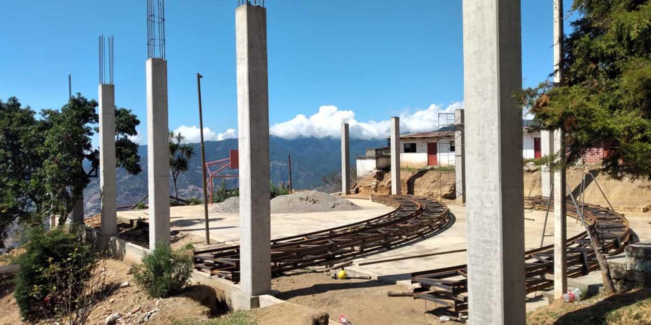 En Concepción Pápalo piden transparentar obra en primaria | El Imparcial de Oaxaca