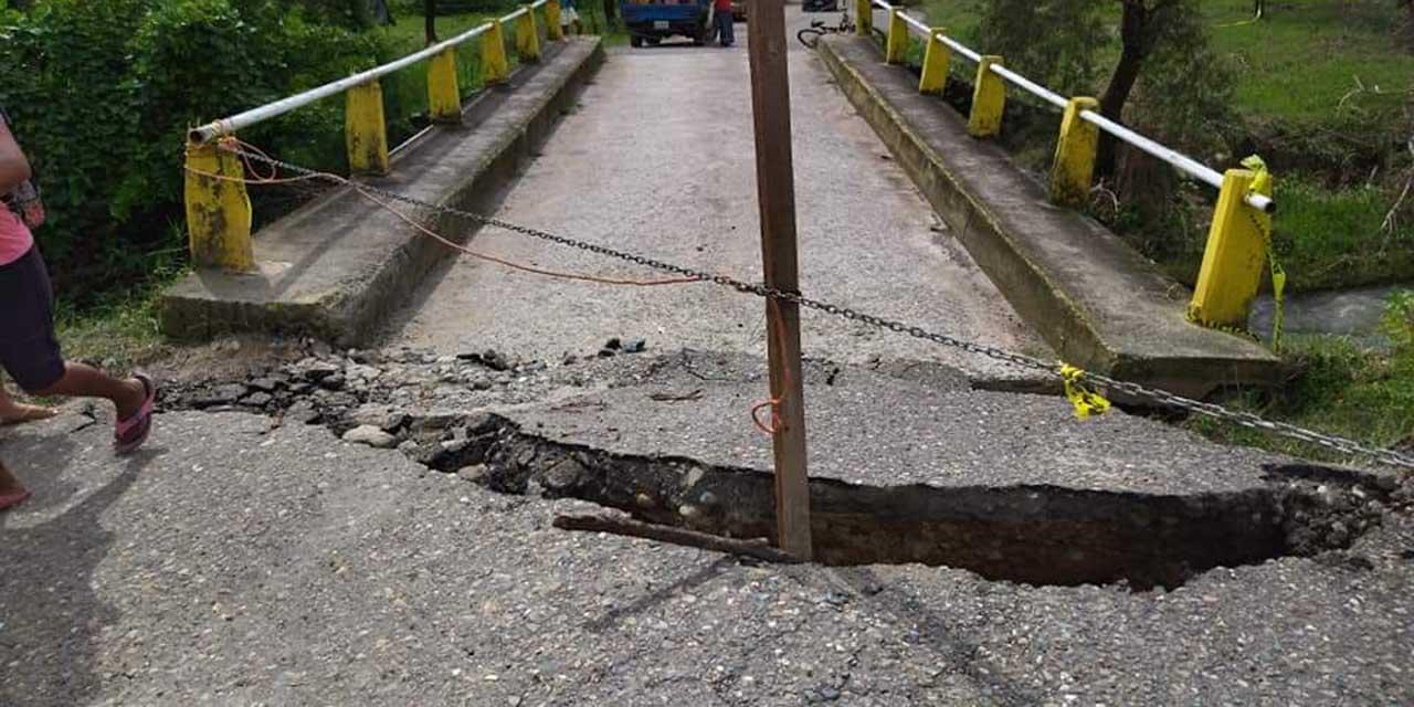 A punto de colapsar puente de San Pedro Siniyuvi, Putla   El Imparcial de Oaxaca