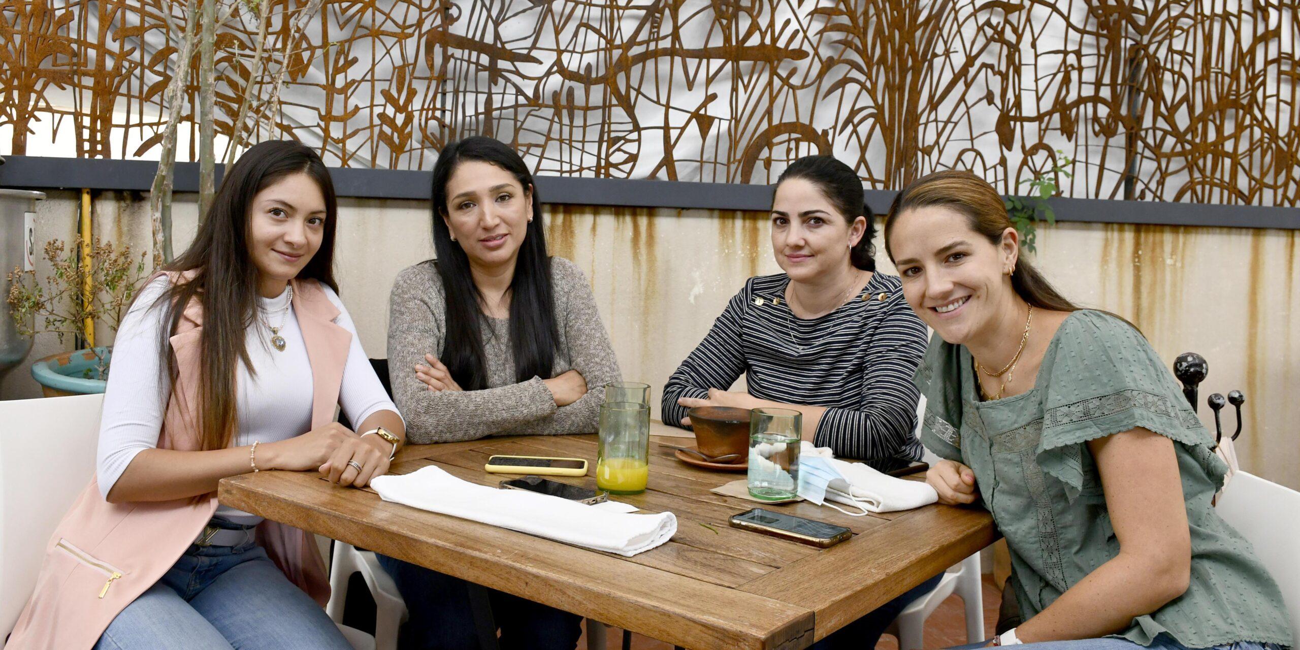 Forjan lazos de amistad   El Imparcial de Oaxaca