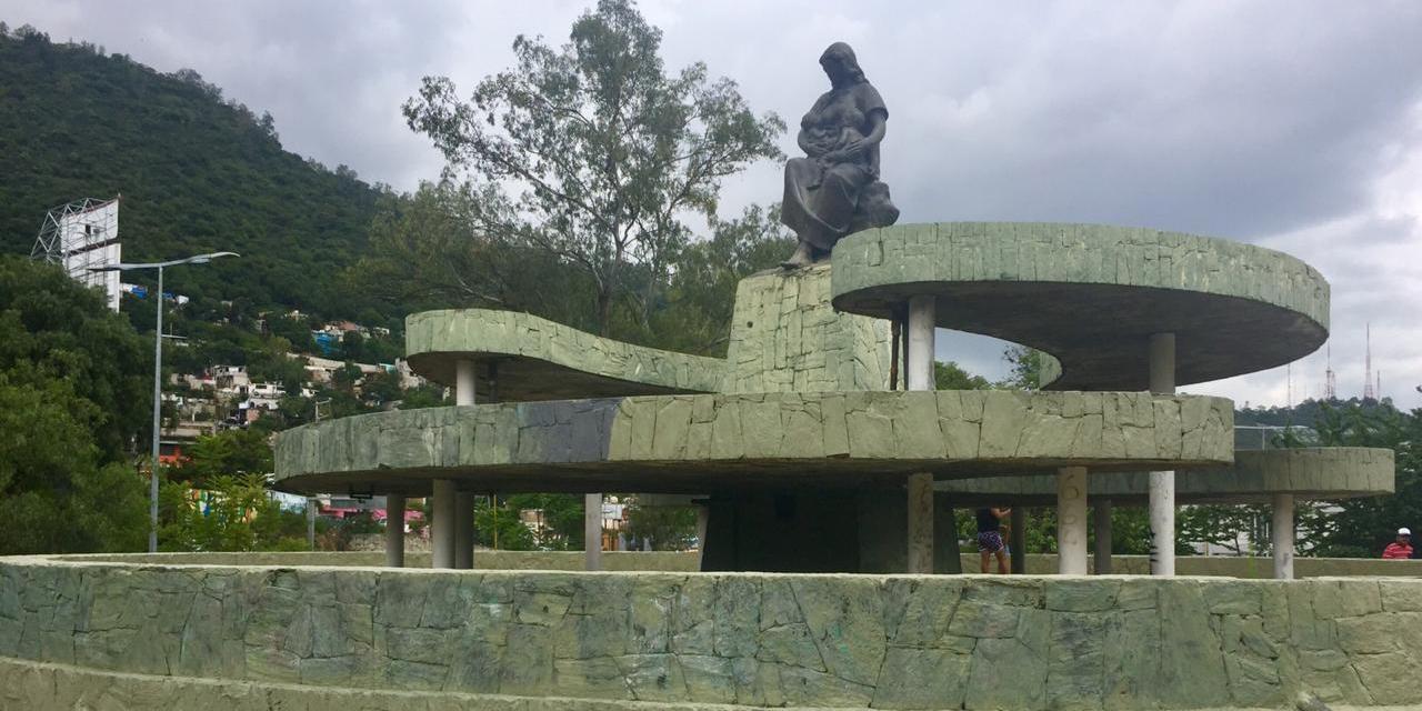 Exigen respeto para el Monumento a la Madre | El Imparcial de Oaxaca