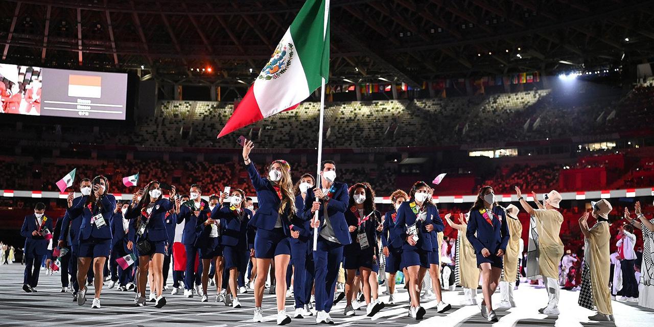 Mexicanos desfilaron en Tokio con piel oaxaqueña   El Imparcial de Oaxaca