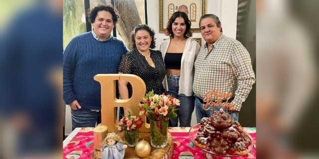 Celebran a Regina con cariño   El Imparcial de Oaxaca