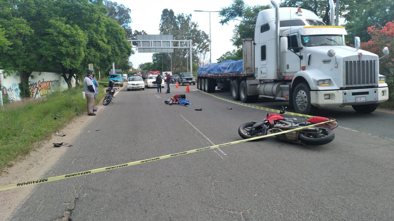 Fallece motociclista frente al Seminario de la Santa Cruz | El Imparcial de Oaxaca