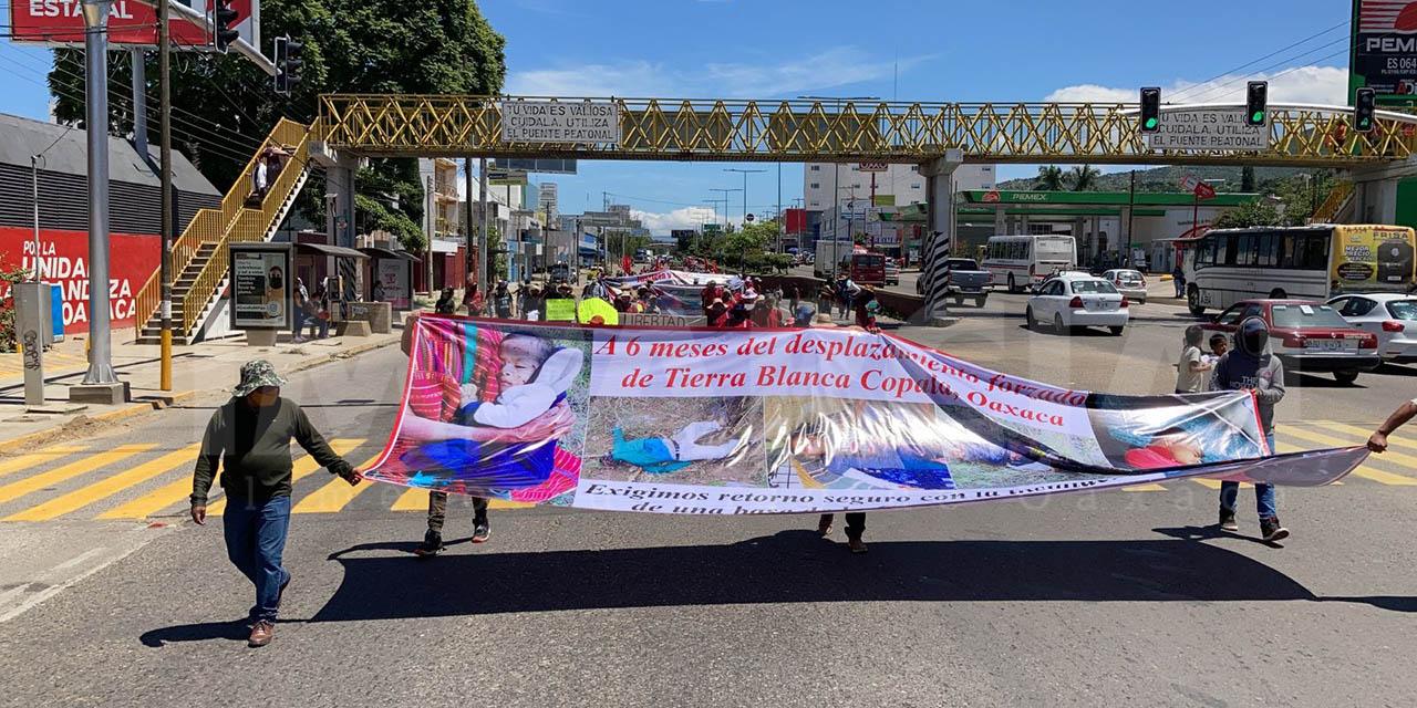 Marchan integrantes del MULTI en la ciudad de Oaxaca | El Imparcial de Oaxaca