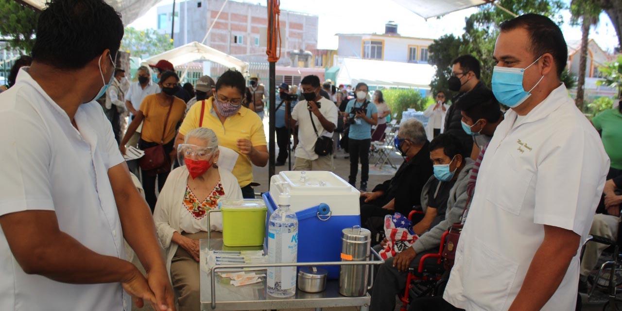 Jueves y viernes, próxima aplicación de vacunas anti Covid en la Mixteca   El Imparcial de Oaxaca