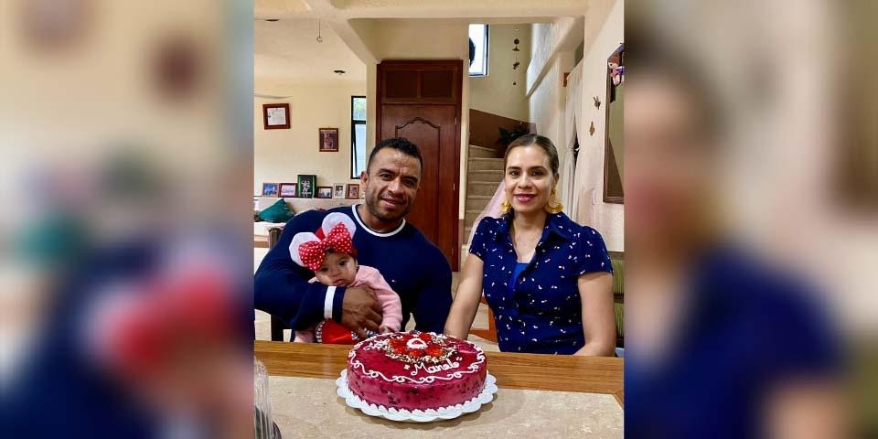 Celebra Manolo Montesinos un año más de vida en familia   El Imparcial de Oaxaca