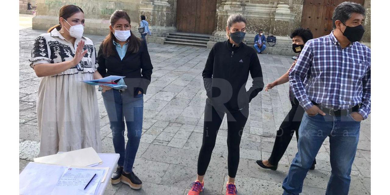 Empresarios establecidos piden al gobierno poner orden al comercio ambulante   El Imparcial de Oaxaca