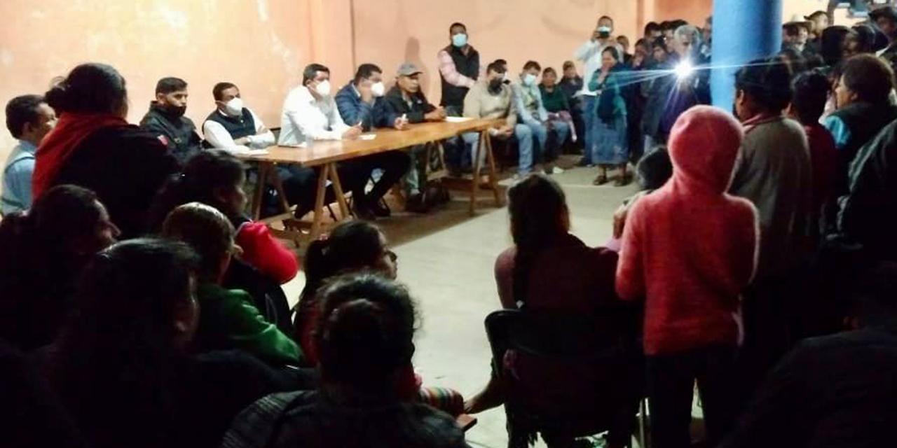 Acude Murat para detener conflicto en Textitlán | El Imparcial de Oaxaca
