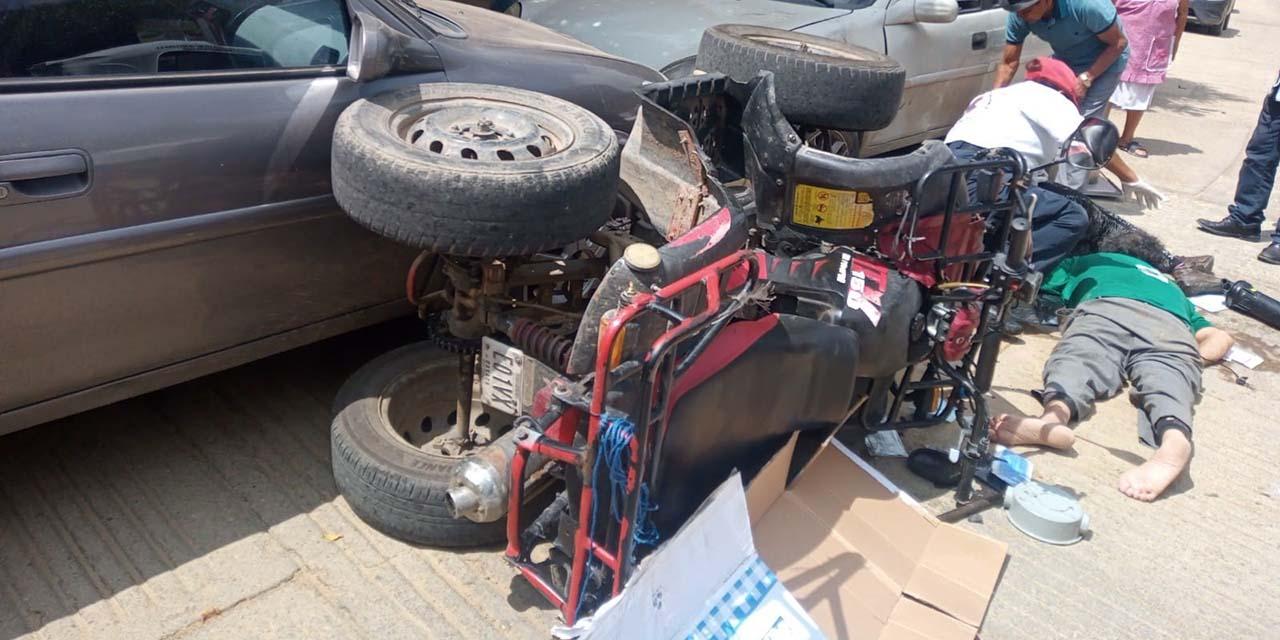 Pareja impacta su cuatrimoto contra dos vehículos   El Imparcial de Oaxaca