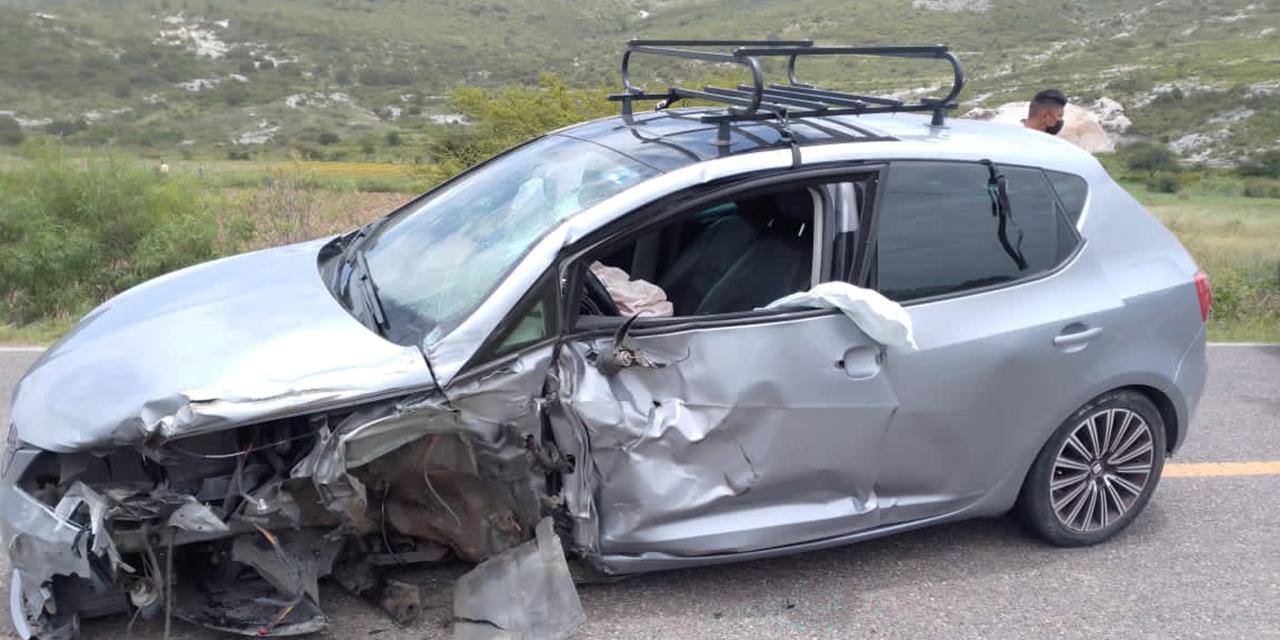 Fuerte choque frontal en carretera Huajuapan-Oaxaca | El Imparcial de Oaxaca