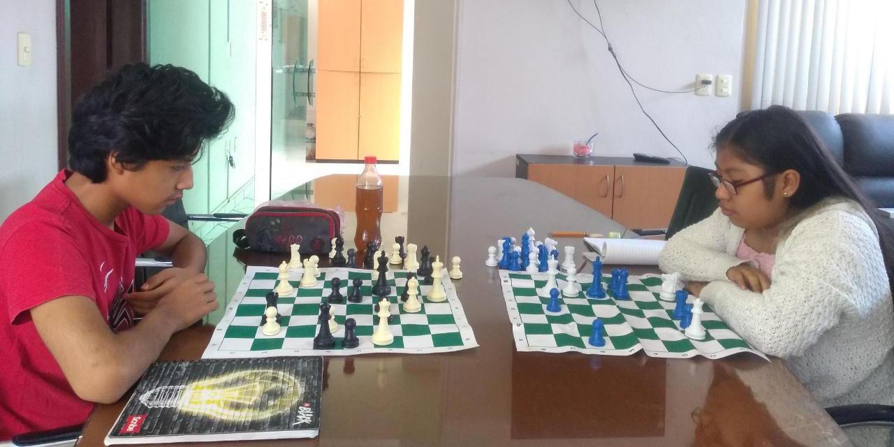 Selección de ajedrecistas oaxaqueños mueve sus piezas en línea | El Imparcial de Oaxaca