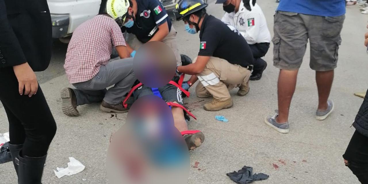 Taxista foráneo arrolla a jóvenes motociclistas en libramiento a El Tule   El Imparcial de Oaxaca