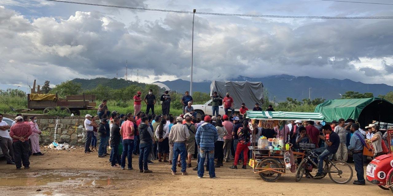 Denuncian el cobro de piso en el Playón | El Imparcial de Oaxaca