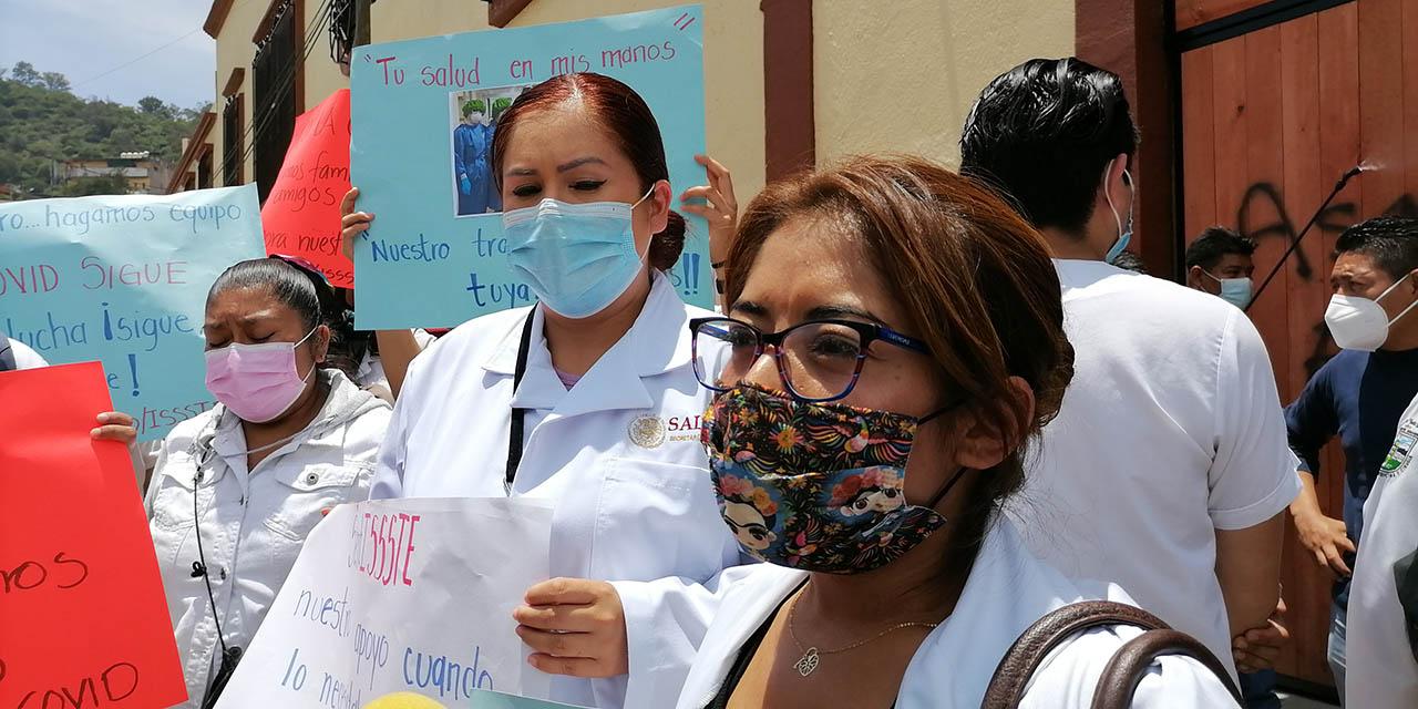 Los despiden y del ISSSTE y piden apoyo de la S-22 | El Imparcial de Oaxaca
