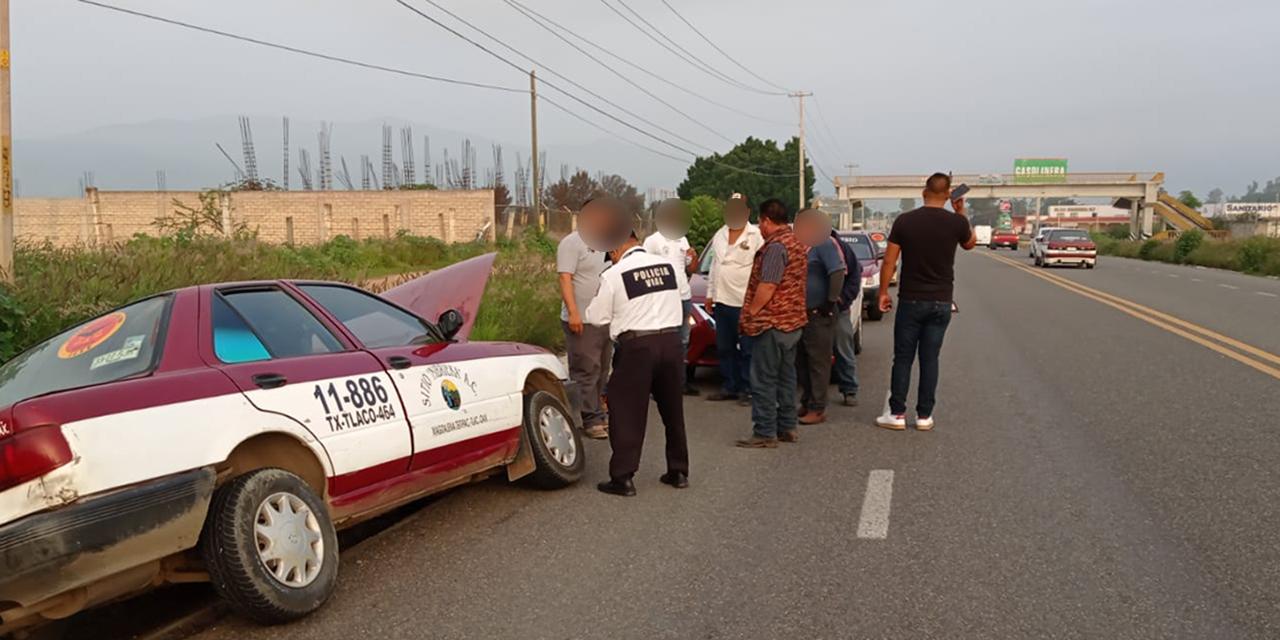 Colisionan taxis en la carretera 190 | El Imparcial de Oaxaca