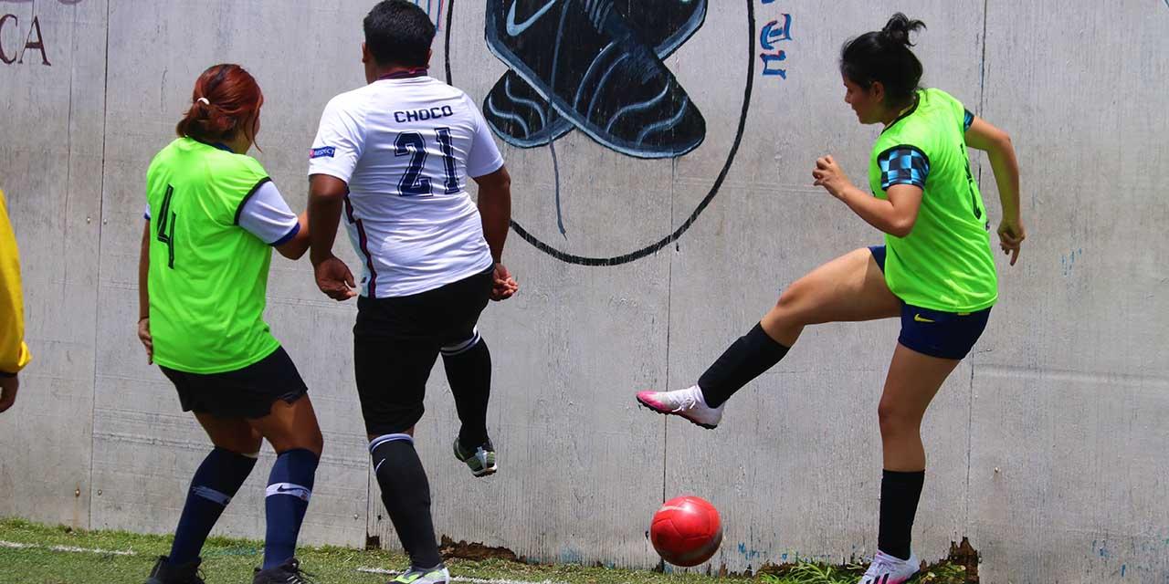Lobas y Cerrajeras con pie y medio en semifinales | El Imparcial de Oaxaca