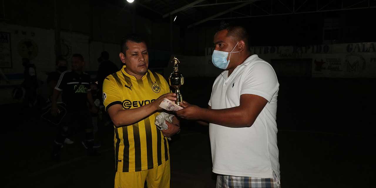 Independiente se corona campeón de los taxistas   El Imparcial de Oaxaca