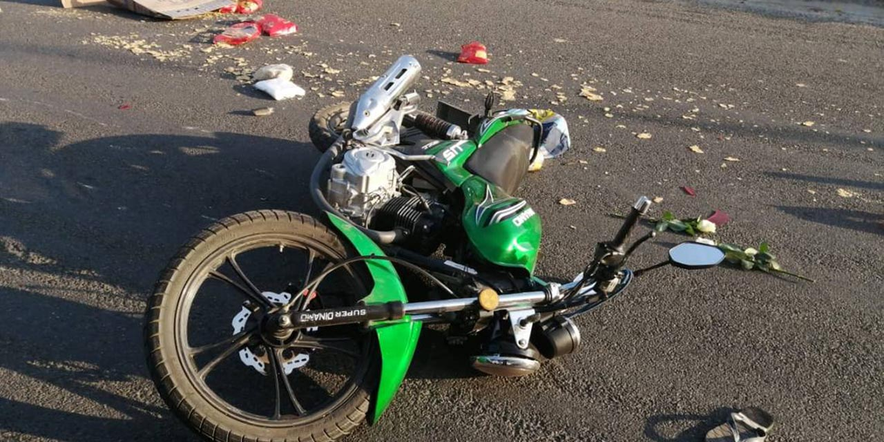 Colisión entre motociclistas deja a una mujer herida | El Imparcial de Oaxaca