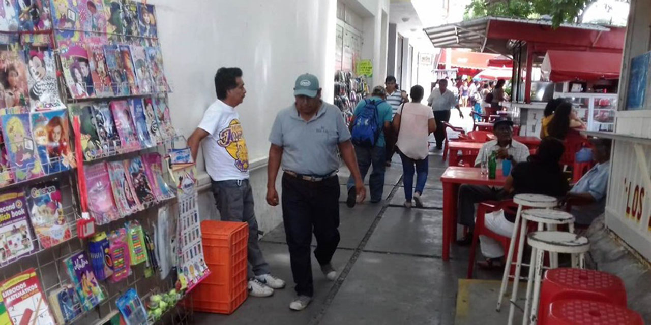 Venden espacios para la vendimia en la vía pública de Salina Cruz   El Imparcial de Oaxaca