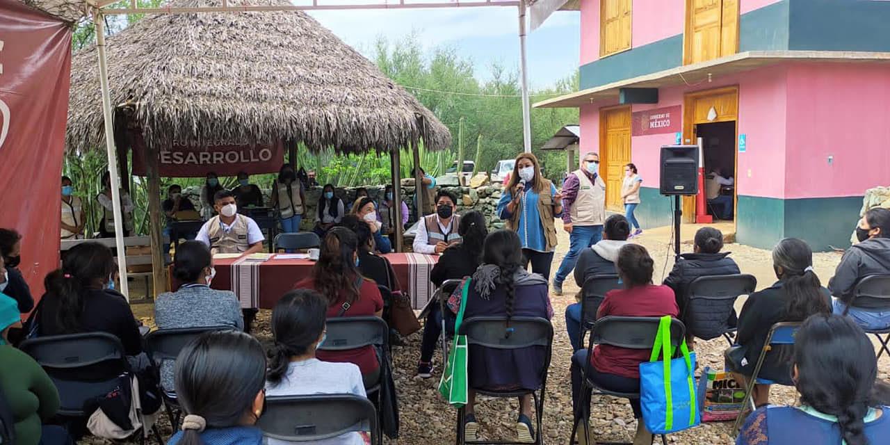 Eventos aglomeran a personas en Cuicatlán pese al semáforo rojo | El Imparcial de Oaxaca